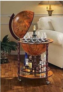 Sixteenth-Century Italian Replica Old World Globe Bar